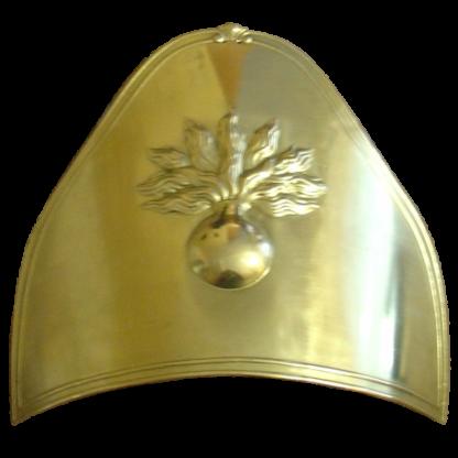 Plaque sur le bonnet de fourrure des grenadiers d'infanterie linéaire de Napoléon